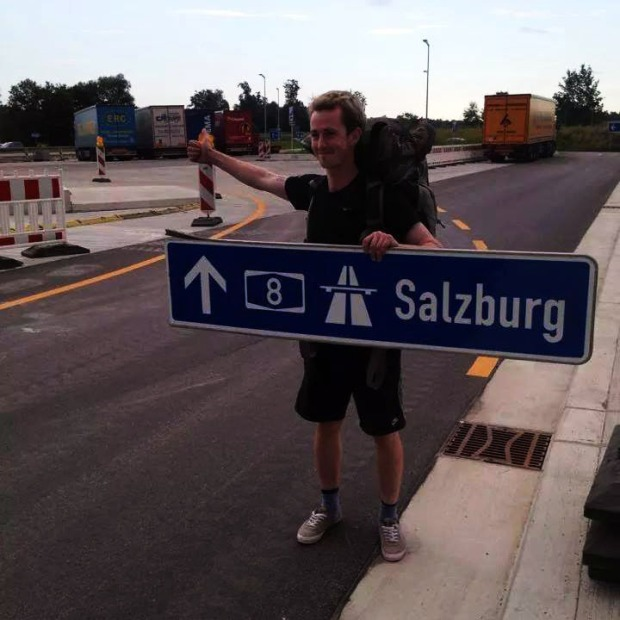 Best Hitchhiking signs_The Art Of Thumb_Gary St_Salzburg