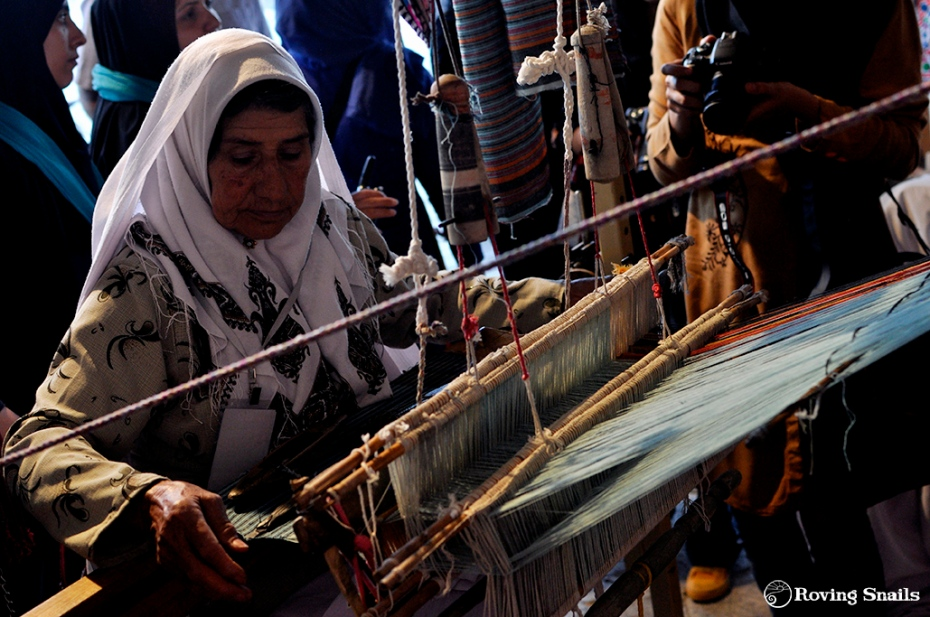 Esfahan festival 5 weaving exposed