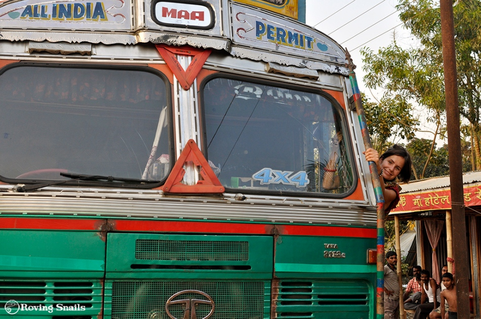 India_Hitchhiking Goods Carrier